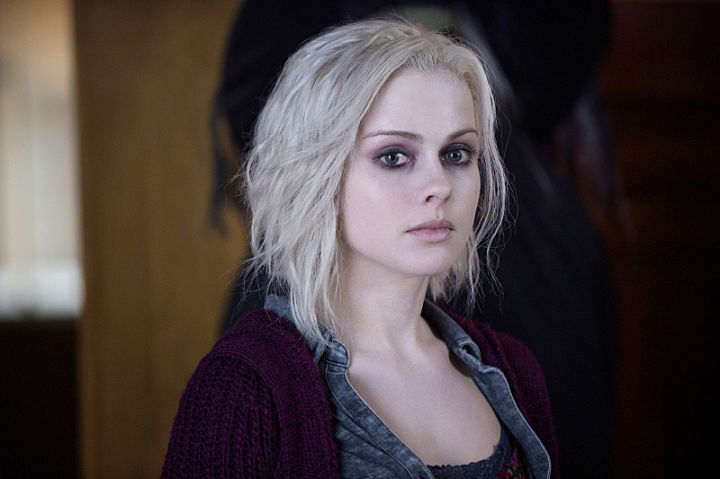 """iZombie -- """"Pilot"""" -- Image Number: ZMB101c_0514 -- Pictured: Rose McIver as Olivia """"Liv"""" Moore -- Photo: Cate Cameron/The CW -- © 2015 The CW Network, LLC. All rights reserved."""