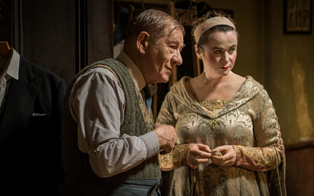 WARNING: Embargoed for publication until 00:00:01 on 22/10/2015 - Programme Name: The Dresser - TX: n/a - Episode: n/a (No. n/a) - Picture Shows: +++PUBLICATION OF THIS IMAGE IS STRICTLY EMBARGOED UNTIL 00.01 HOURS THURSDAY OCTOBER 22ND 2015+++ Norman (IAN MCKELLEN), Her Ladyship (EMILY WATSON) - (C) Playground Entertainment - Photographer: Joss Barratt