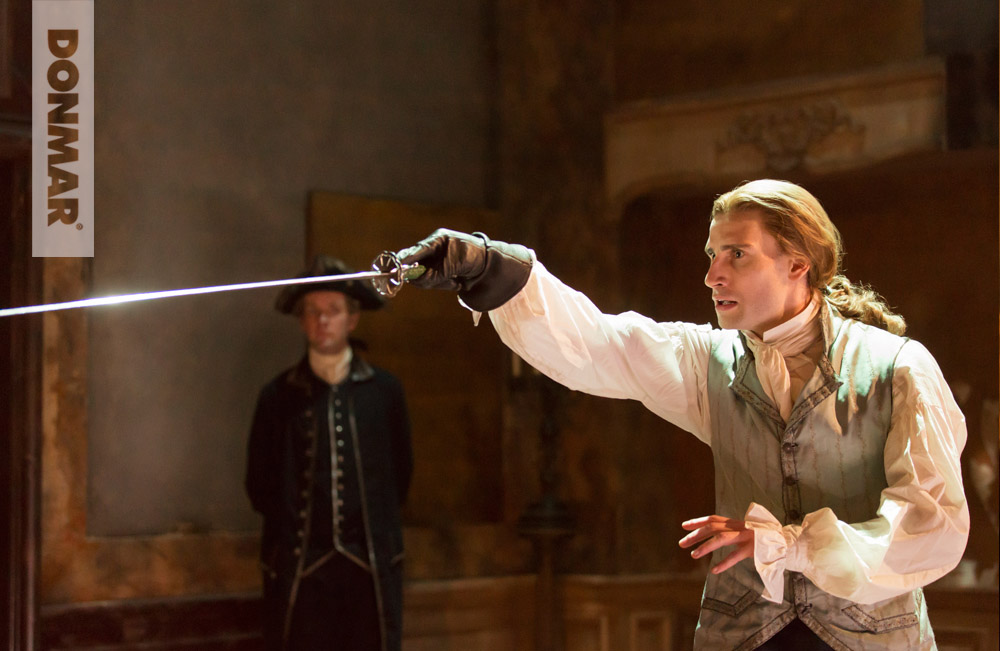 6-edward-holcroft-le-chevalier-danceny-in-les-liaisons-dangereuses-photo-by-johan-persson