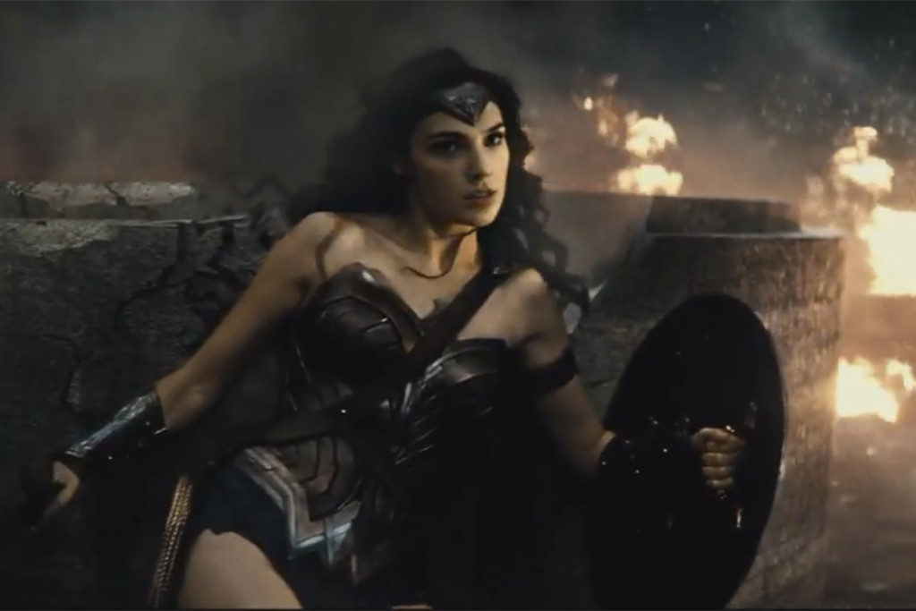 wonder-woman-batman-v-superman-trailer-comic-con