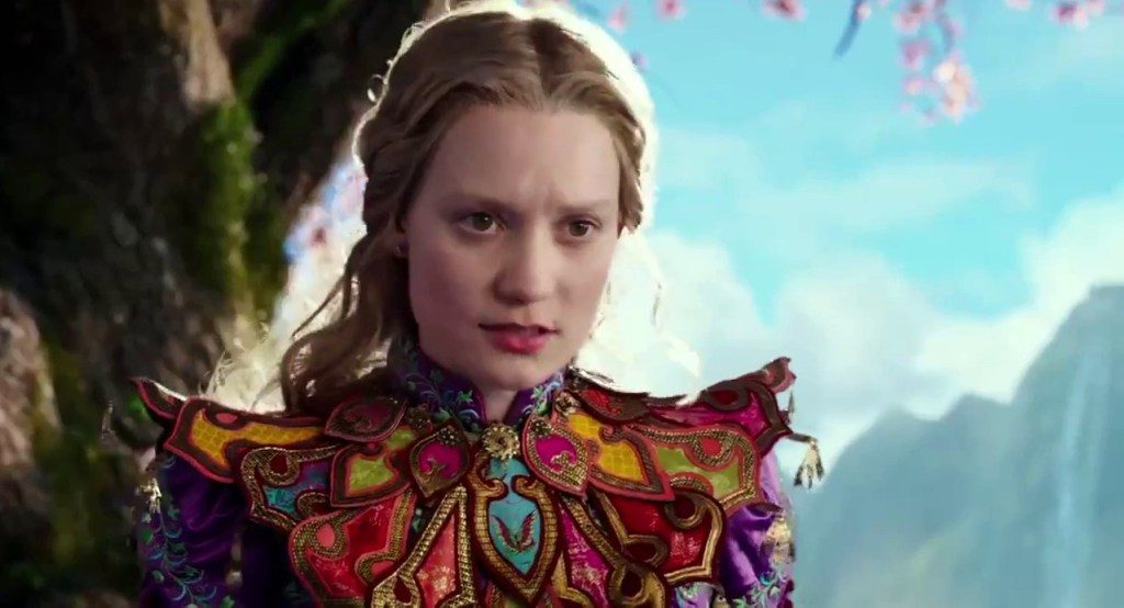 Alice-Through-the-Looking-Glass-Official-Trailer-2-6