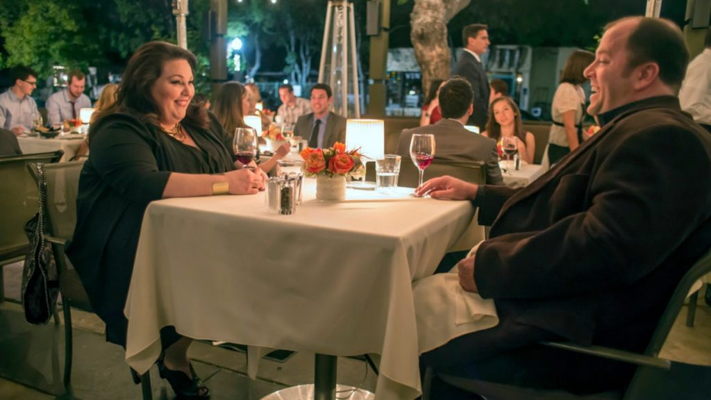 THIS IS US -- Pilot -- Pictured: (l-r) Chrissy Metz as Kate, Chris Sullivan as Toby -- (Photo by: Ron Batzdorff/NBC)
